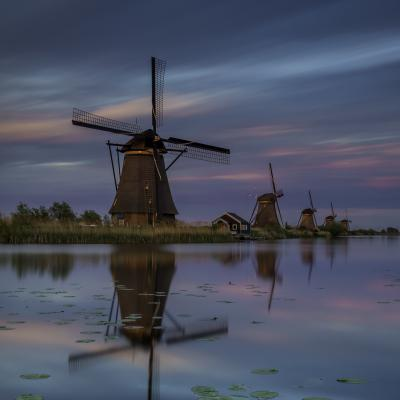 Holland kinderdijk windmills sunset long exposure holland light